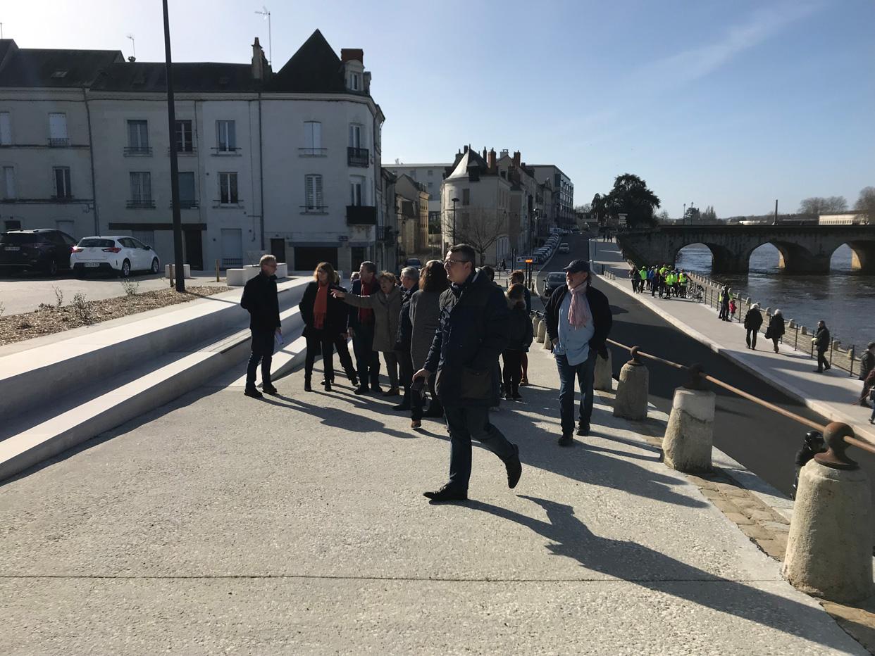 Inauguration de la promenade des quais du château à Châtellerault