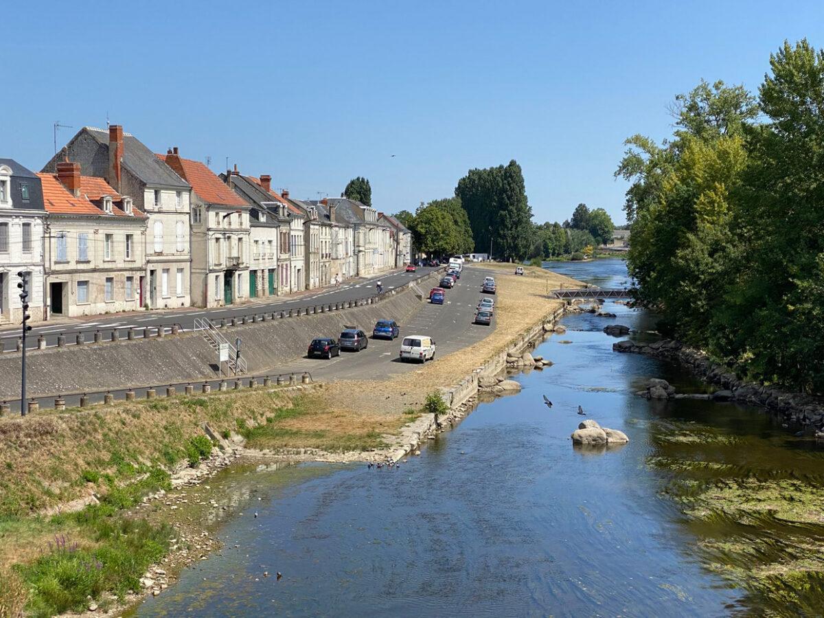 Chatellerault, rive gauche, les quais continuent d'évoluer